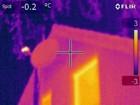 Wärmebildkamera - Sattelitenschüssel mit eingeschaltetem LNB